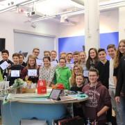 Begeisterte Schulklasse beim Stop-Motion-Workshop im wortreich